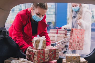 holiday shopping 2020 trends