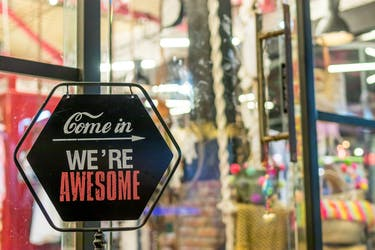 How to Remain Competitive in a Saturated Retail Environment